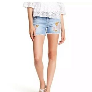 Kensie Jeans Womens  Cut Off Shorts Size 8/29
